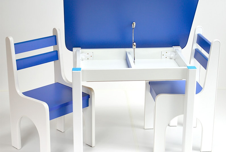 Otwierany stolik z krzesełkami